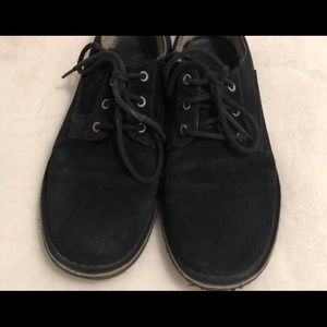 UGG shoes - Size 7 men Size 9